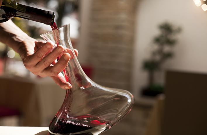 vin, box vin, cépage, vignoble, dégustation, verre à vin, vin rouge, vin blanc, bourgogne,