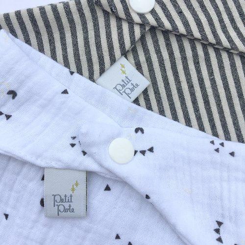 Bavoir bandana gaze de coton blanc